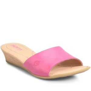 NEW Born Shasta Wedge Slide Sandal